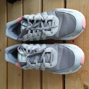 ADIDAS Essentials Retrorun Light Running Shoes